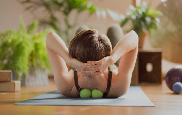 W jaki sposób możesz wykorzystać automasaż do pogłębienia swojej praktyki jogi?